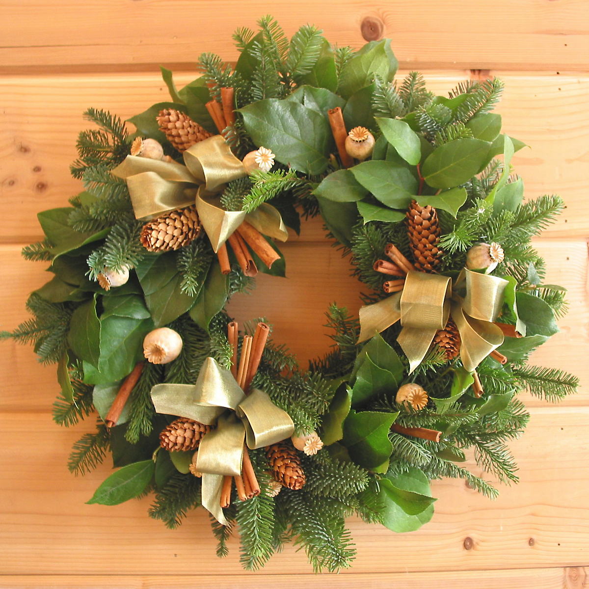 Fresh Woodlands Wreath 20""