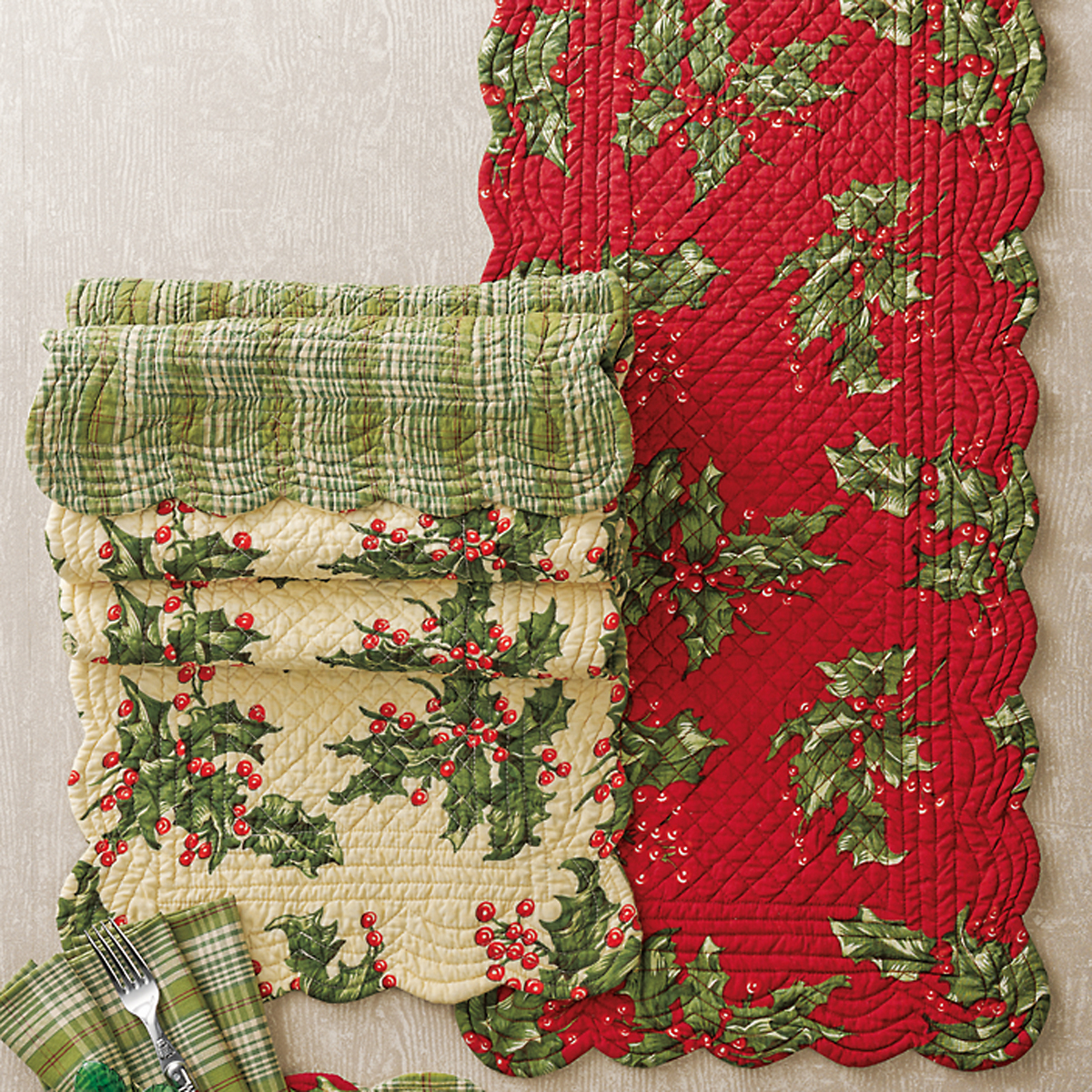April Cornell Reversible Holly Table Runners