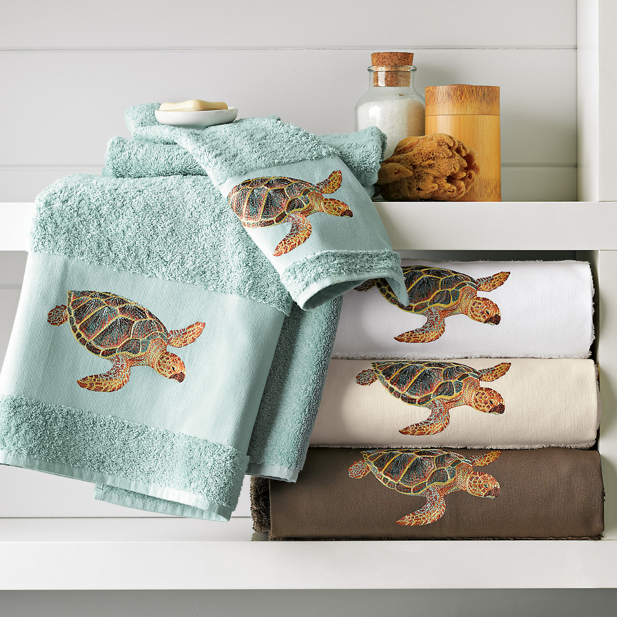 Sea turtle towels gump 39 s for Sea bathroom set