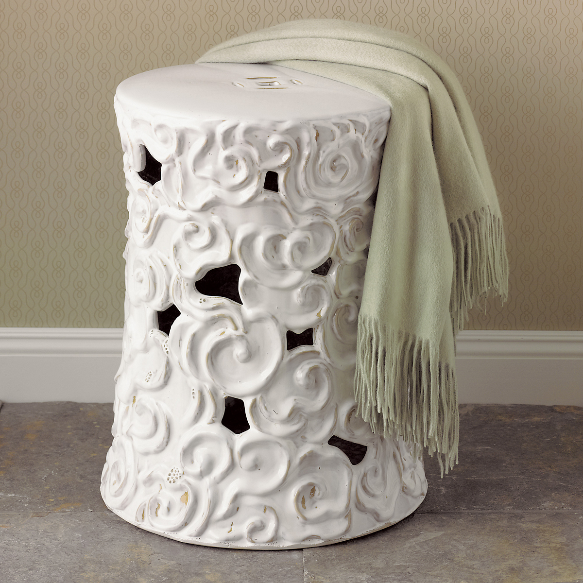 White Cloud Garden Stool