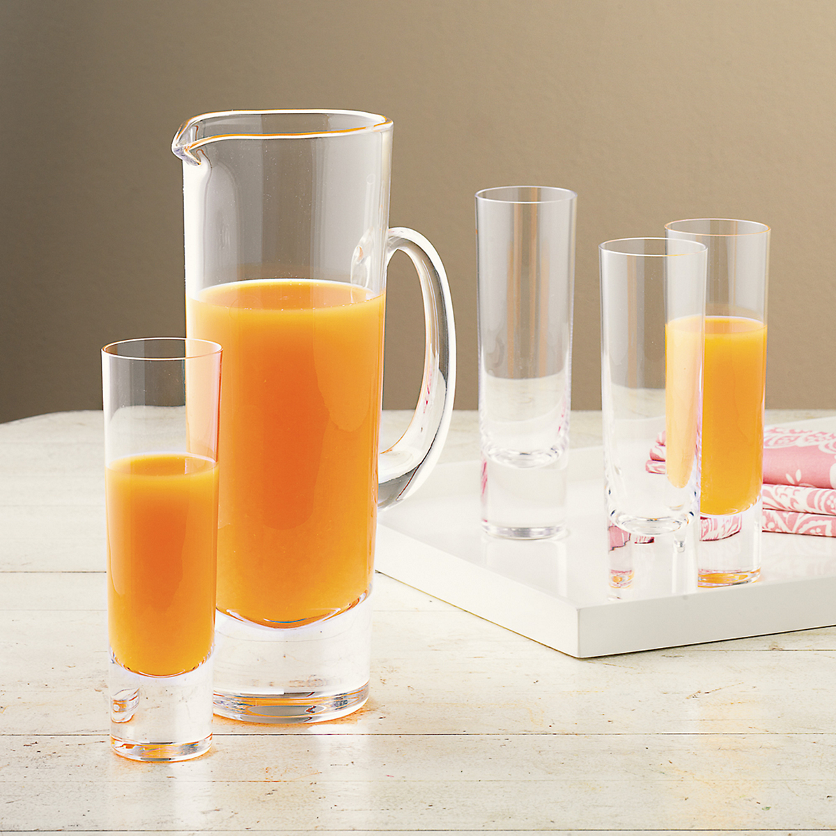Sleek Brunch Glasses & Pitcher