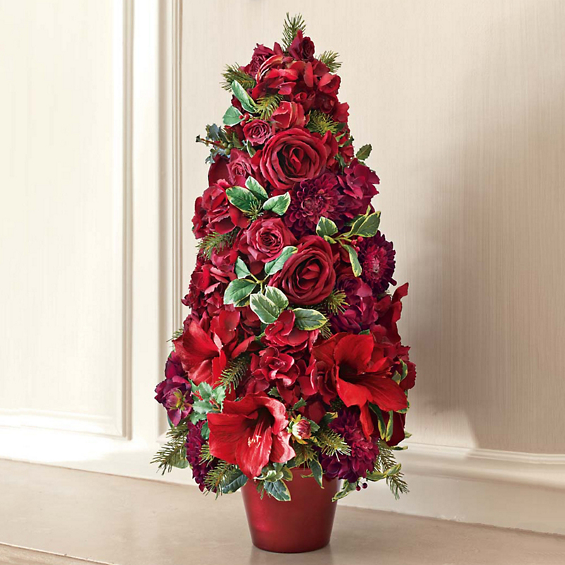 Amaryllis holly berry tree gump 39 s for Amaryllis christmas decoration