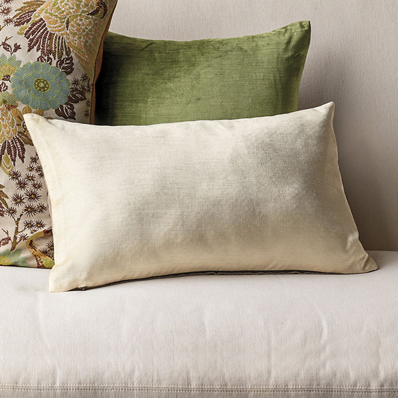 Astor Pillows