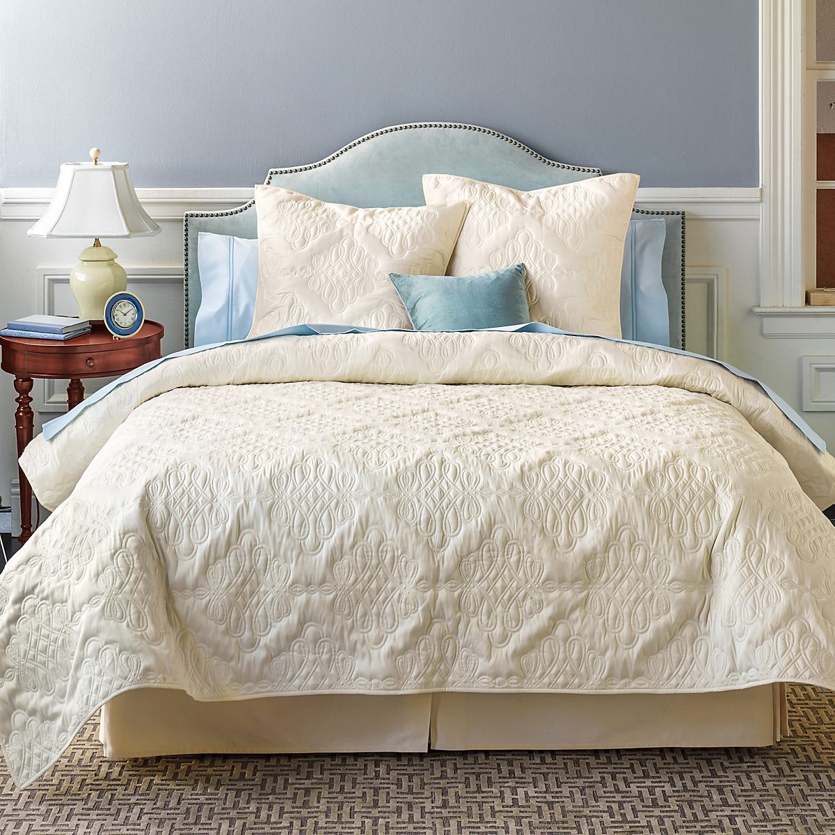 French Knot Bedding Collection