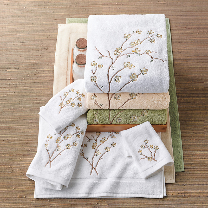 Dogwood Embroidered Bath Mat