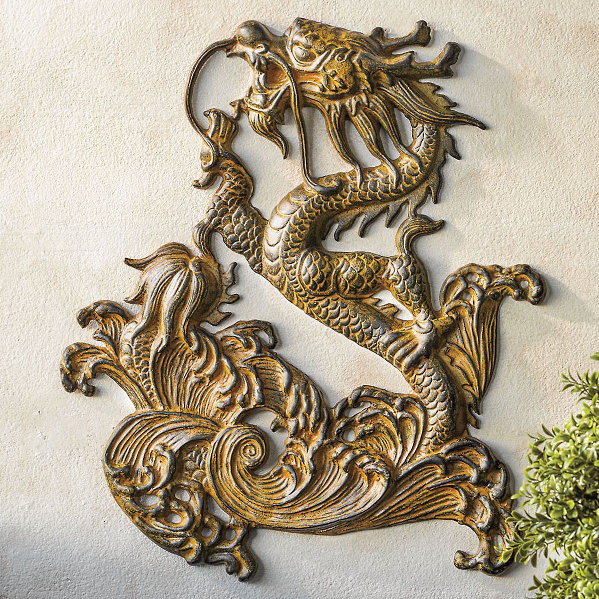 Exceptionnel Dragon Wall Art