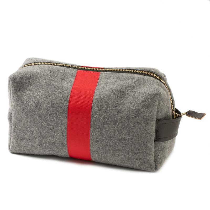 E. Wightman & Co. Men's Racing Stripe Dopp Kit