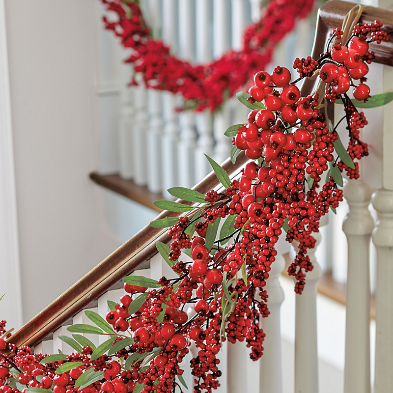 Triple Berry Christmas Garland