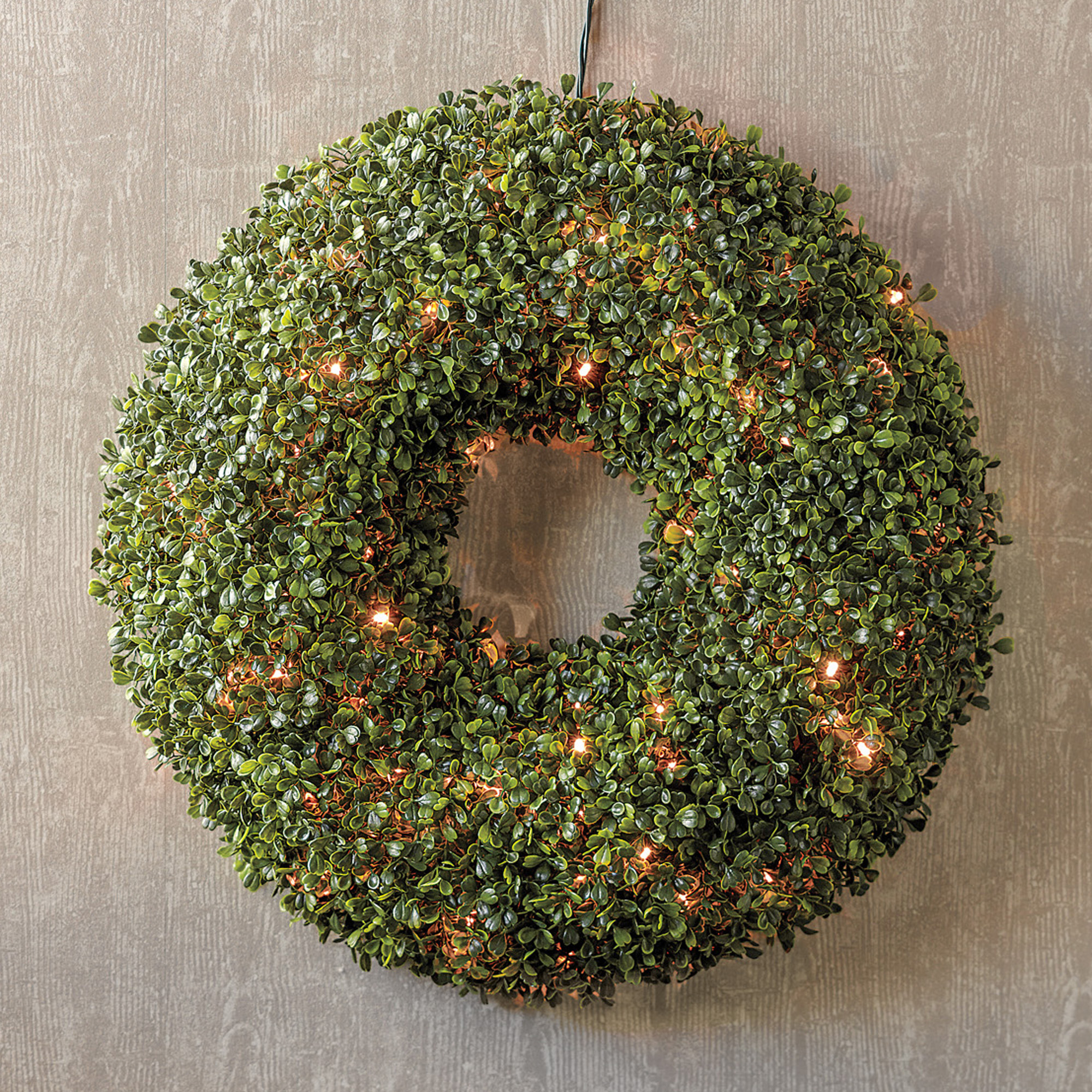 Pre-Lit Boxwood Christmas Wreath