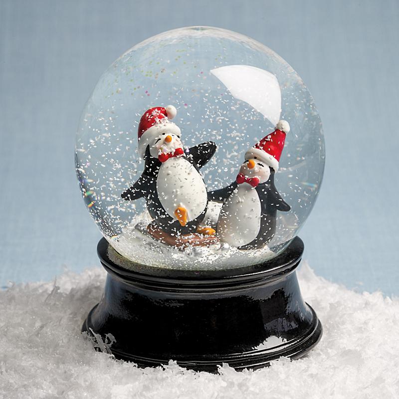 Sledding Penguins Snowglobe Gump S