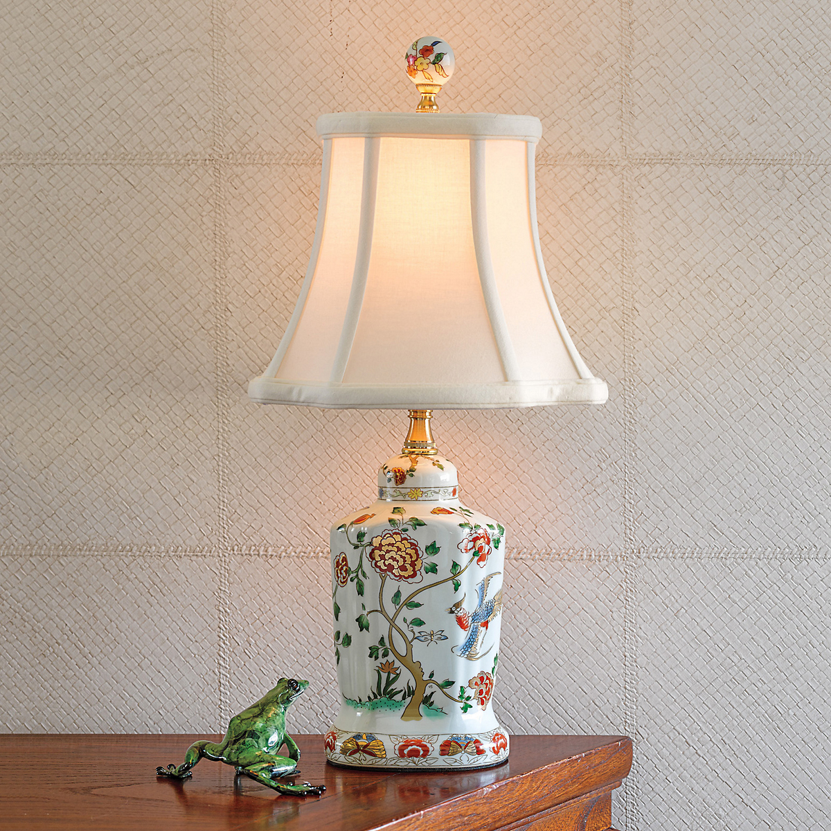 Petite Porcelain Tea Jar Lamp