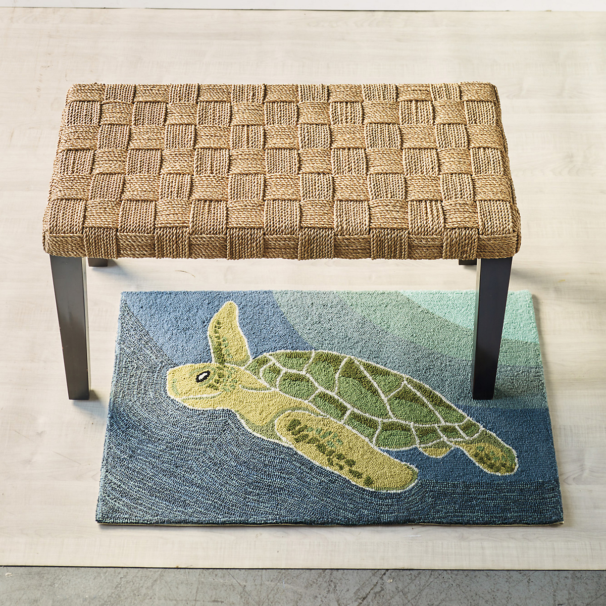 Sea Turtle Indoor / Outdoor Accent Rug