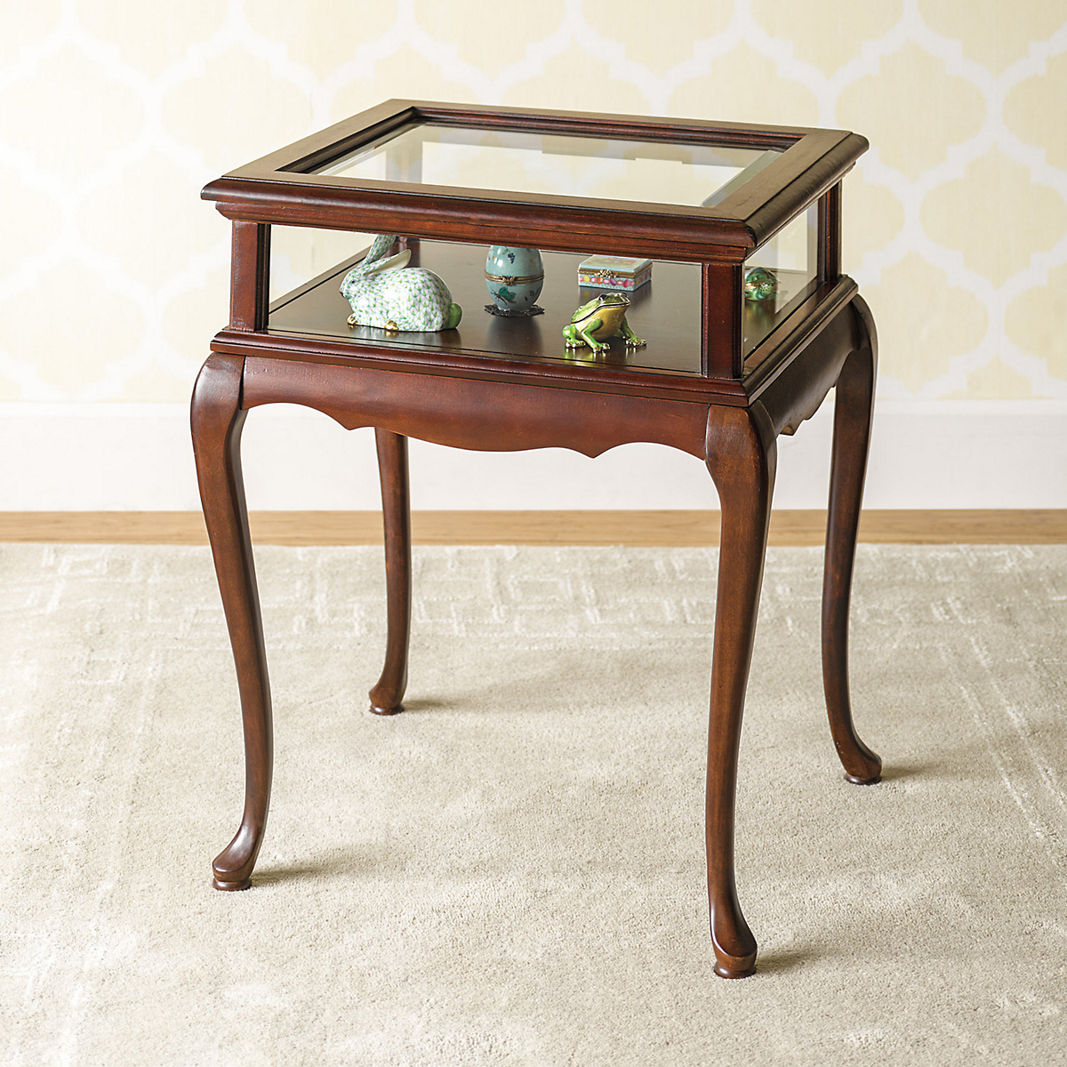 Curio display table gump 39 s for Display table