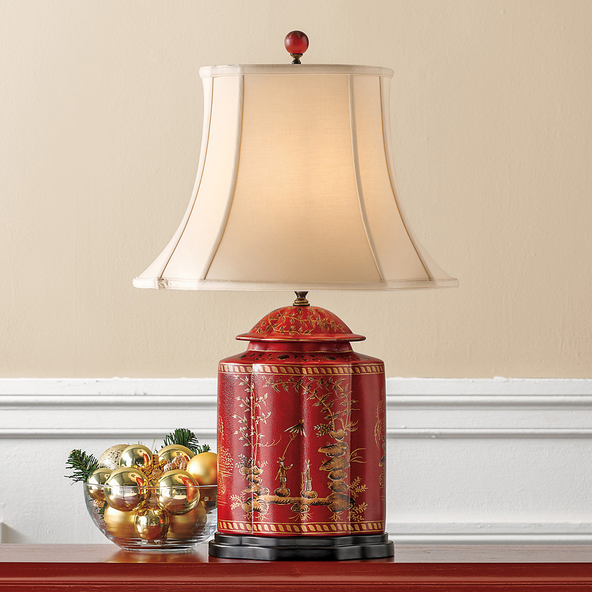Good Red Chinoiserie Lamp