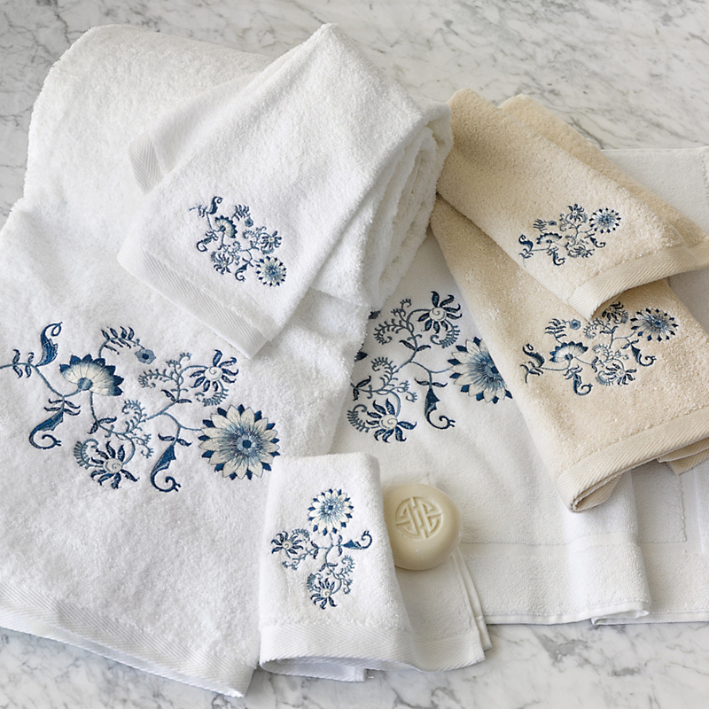 Blue Jacobean Floral Bath Towels