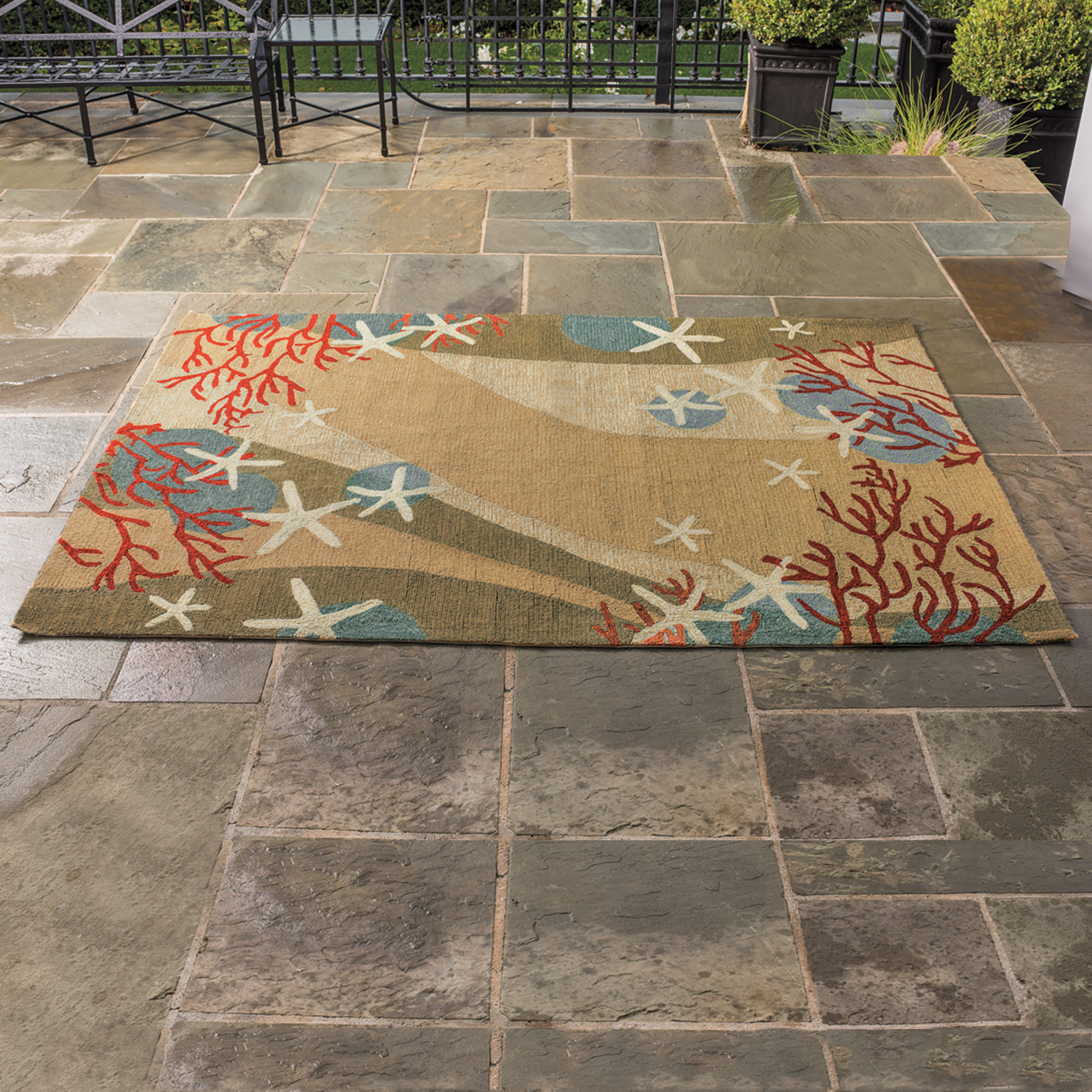 Coral Waves Indoor / Outdoor Rug