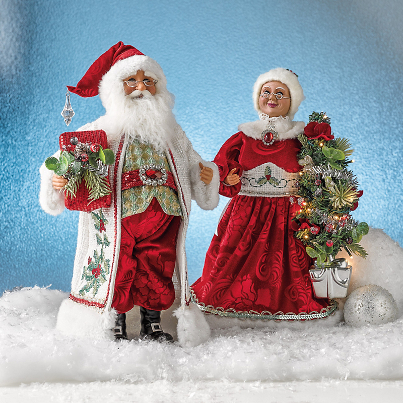 Karen Didion Mr. & Mrs. Claus Figures
