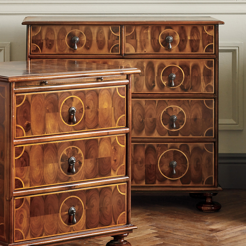 Amherst Oyster Large Chest