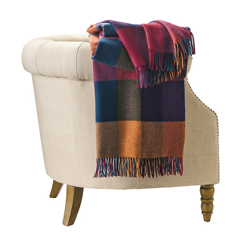 Delvin Plaid Throw