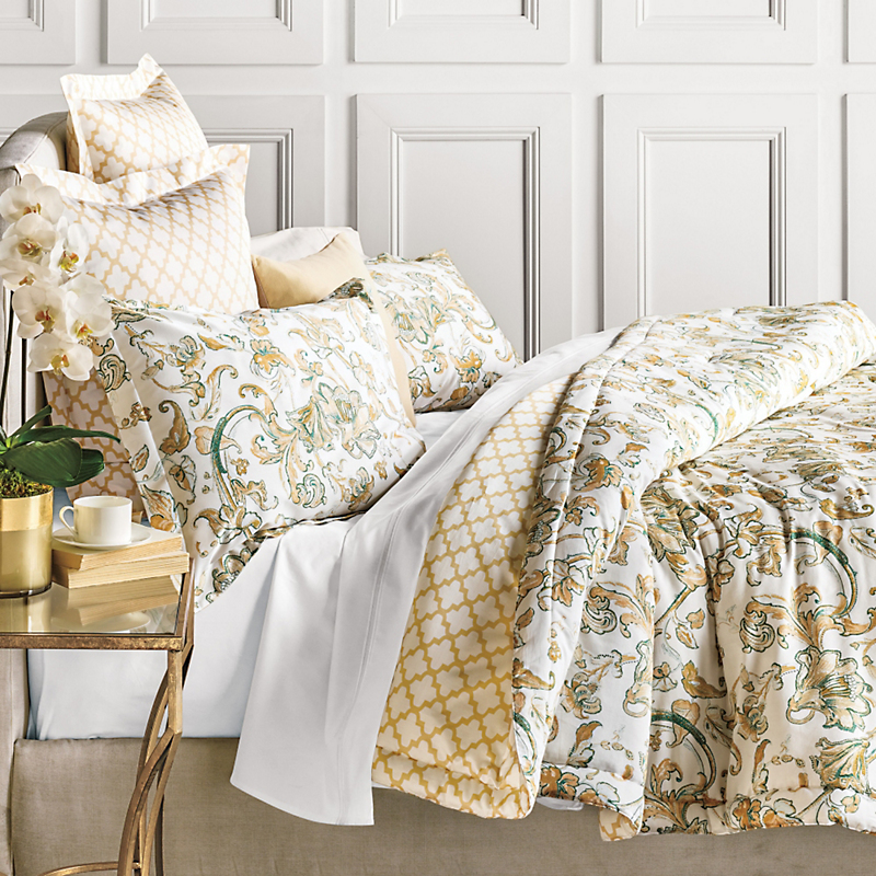 Larisa Bedding