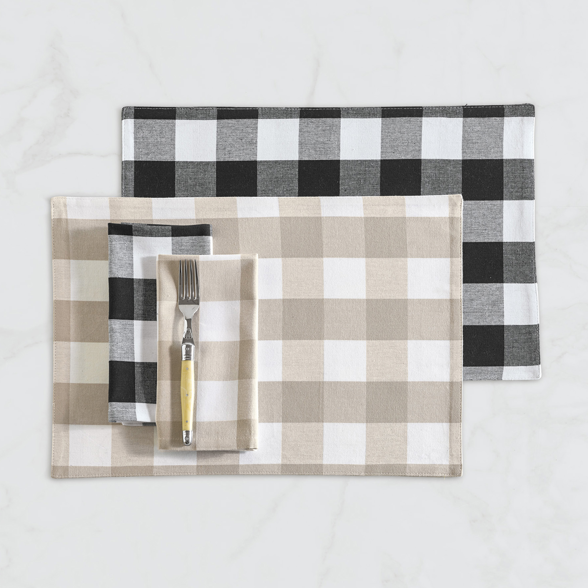 Buffalo-Check Table Linens