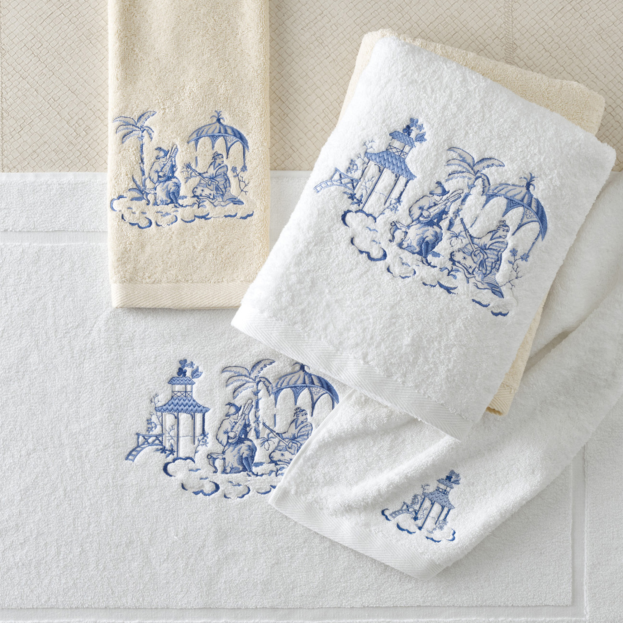 Classic Lakeside Pagoda Towels