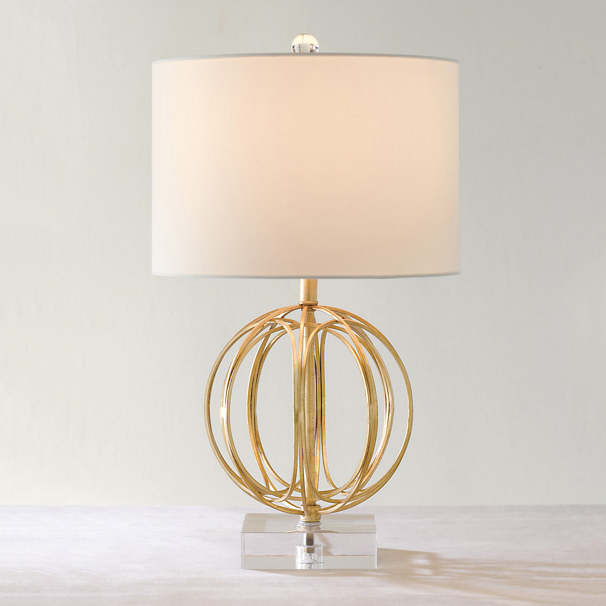 Orelia gold sphere lamp