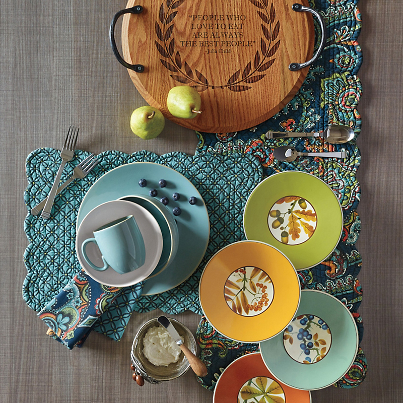 Mia Reversible Table Linens