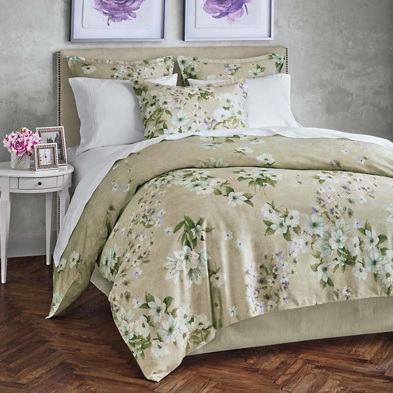 Italian Dogwood Bedding