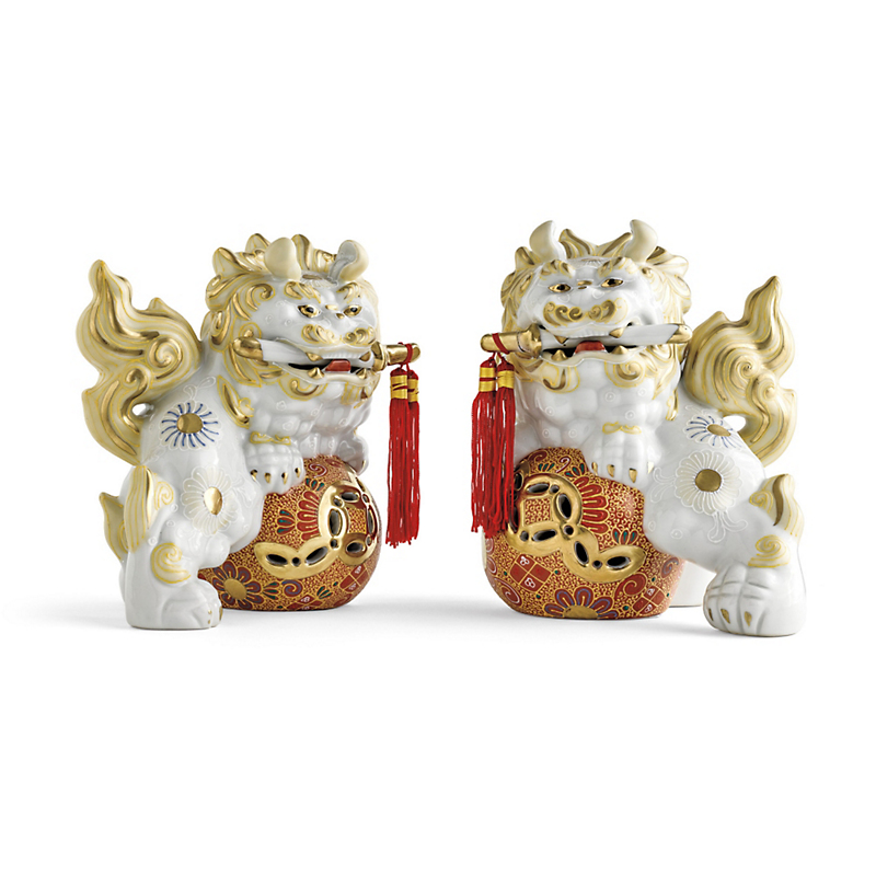 White & Gold Foo Dogs, Set Of 2