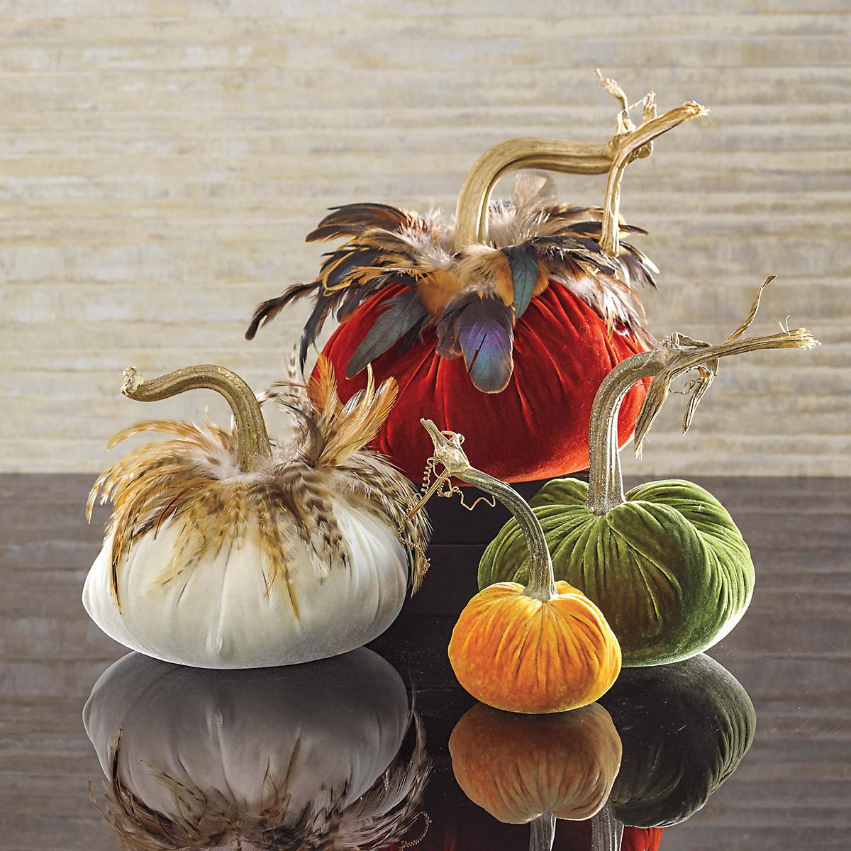 Autumnal Velvet Pumpkins Gump S