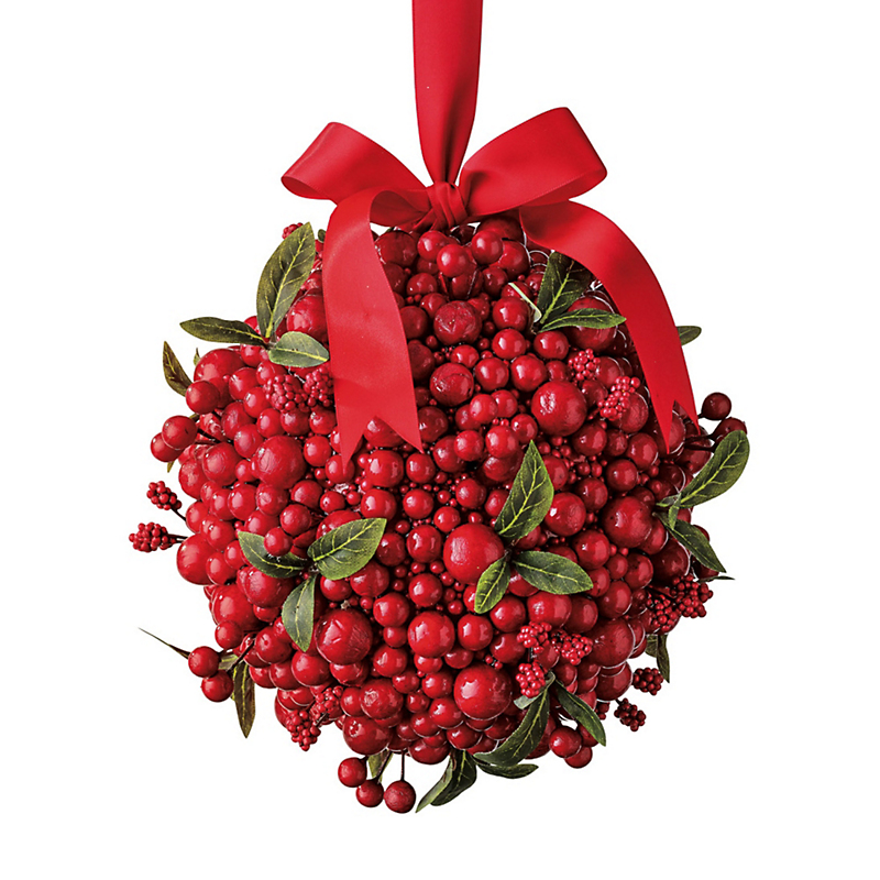 Merry Berry Kissing Ball