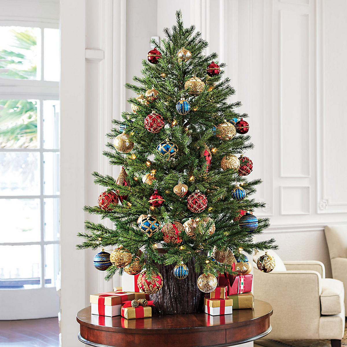 Russian Pine Pre-Lit Tree & Ornaments