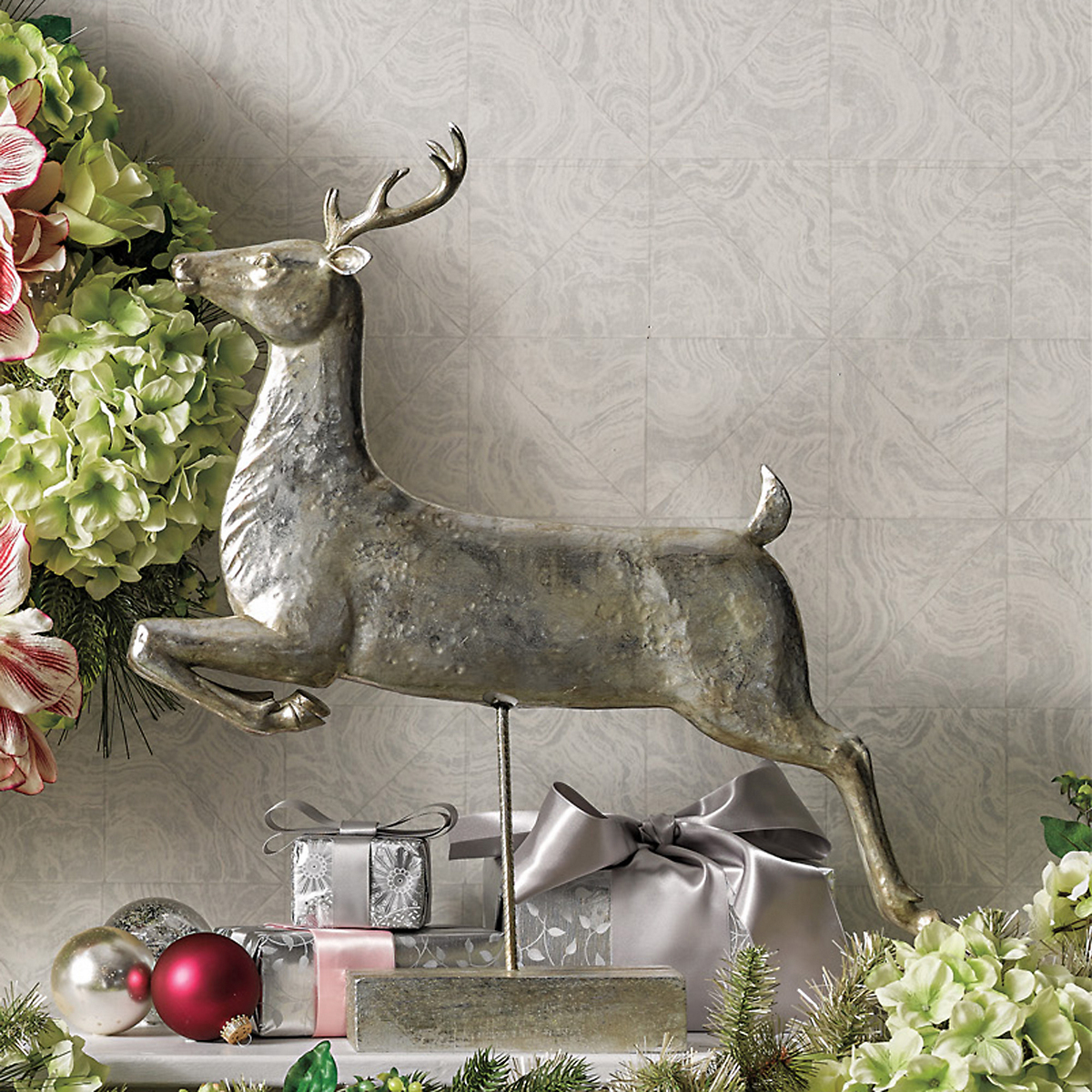 Silver Reindeer Figure With Stand