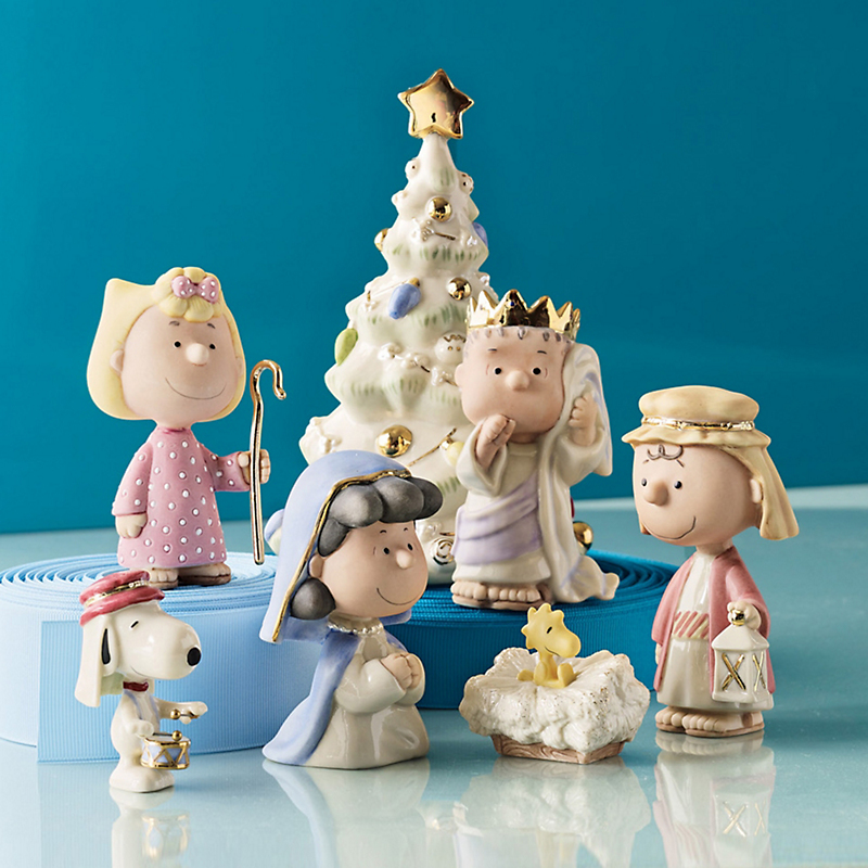 Charlie Brown Nativity Pageant Set