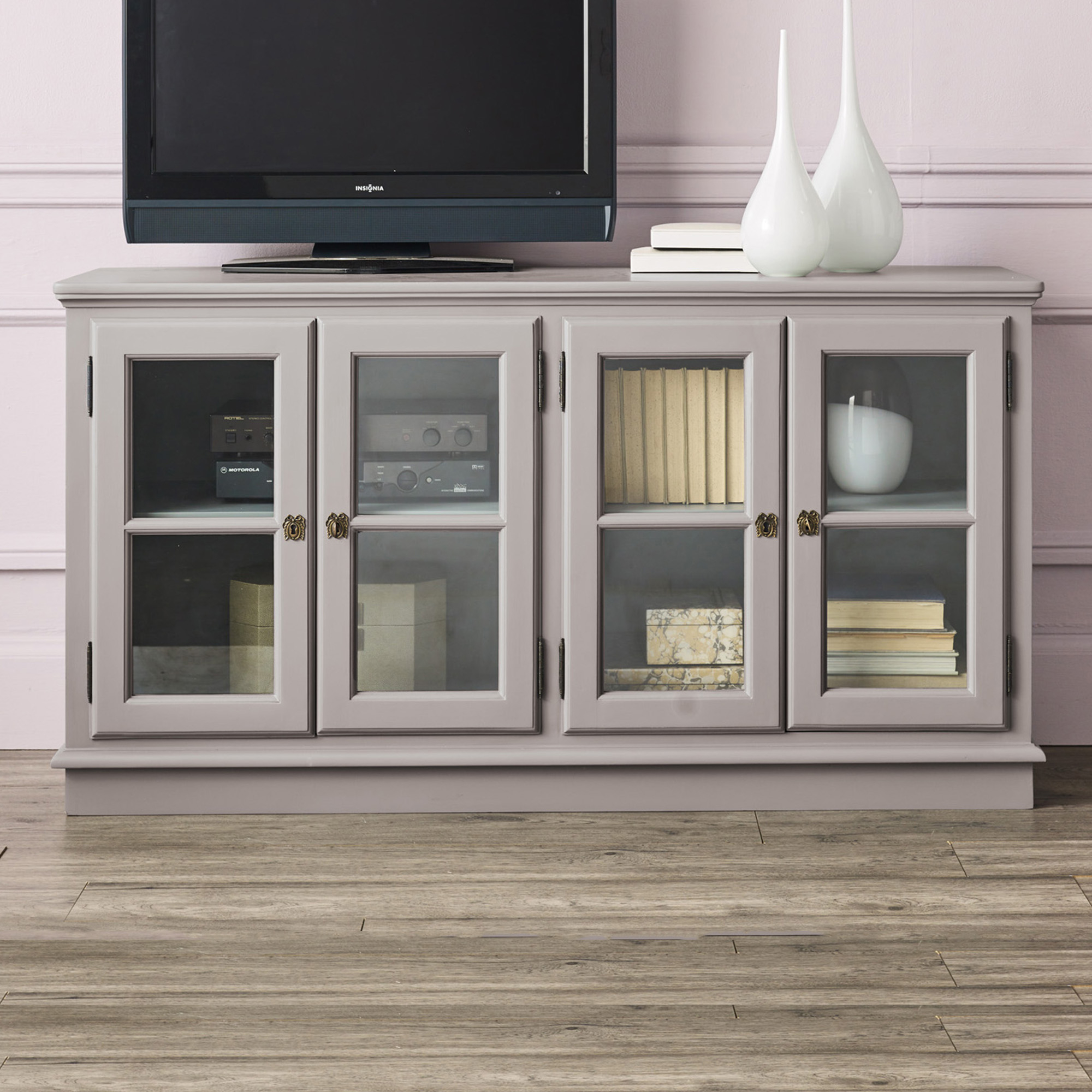 Astor Collection, Media Console