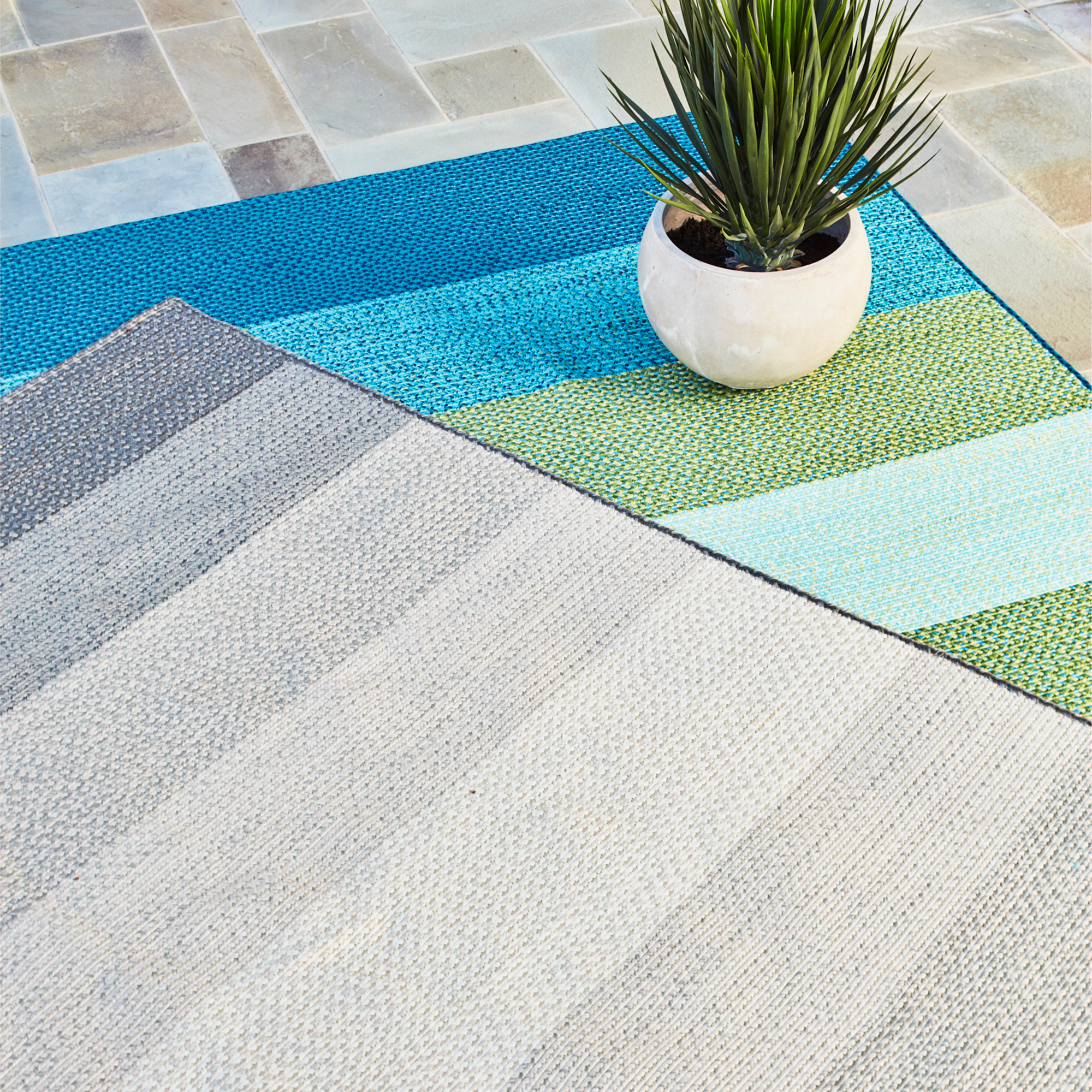 Awning Stripe Indoor/Outdoor Rug