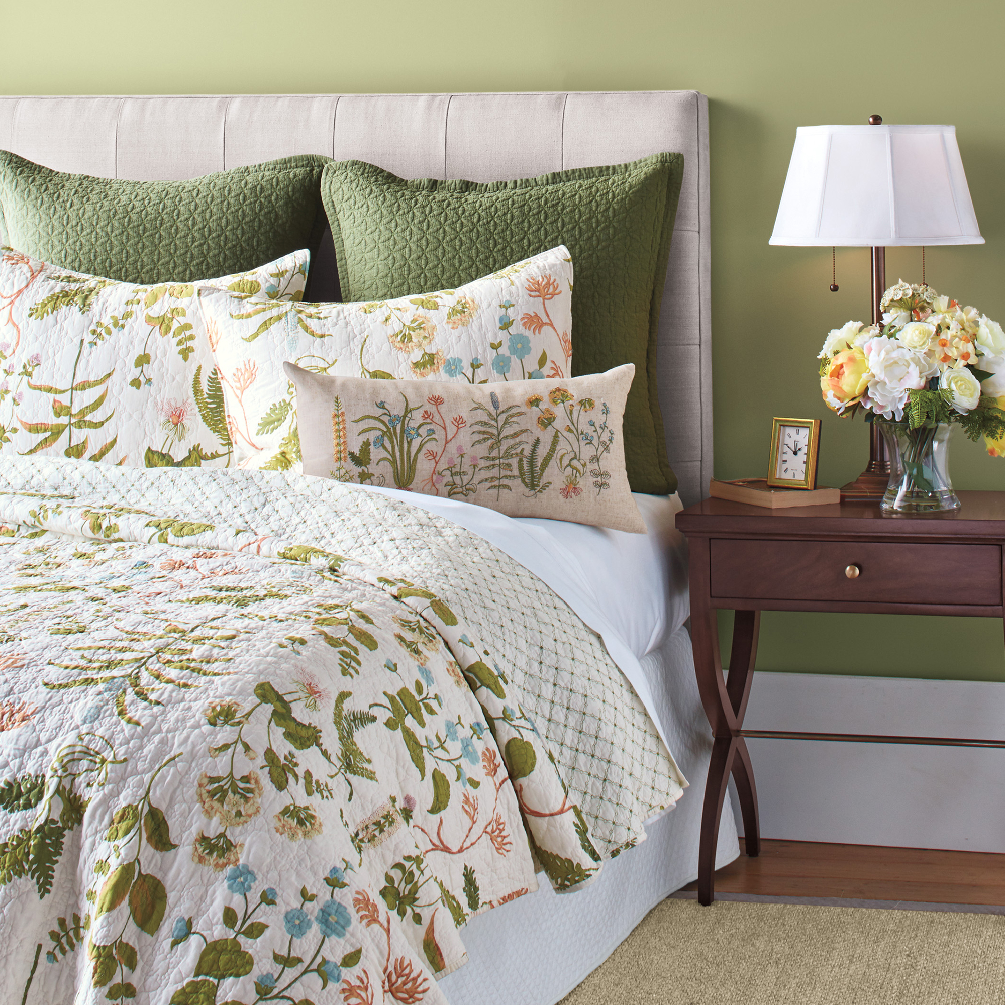 Meadowood Bedding