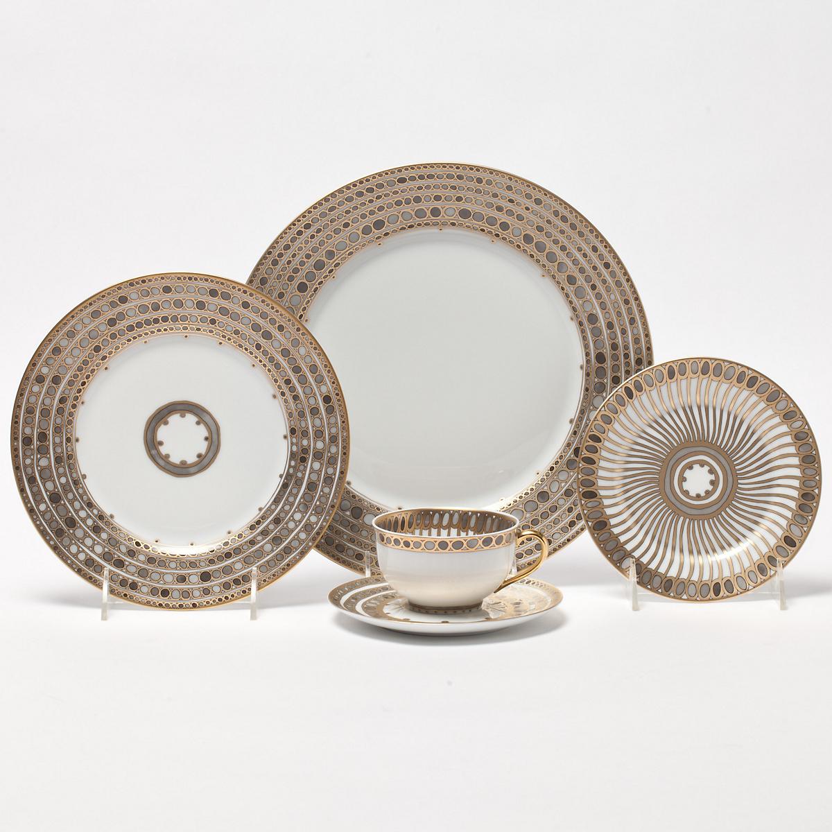 Haviland-Parlon Syracuse Taupe Dinnerware | Gump\'s