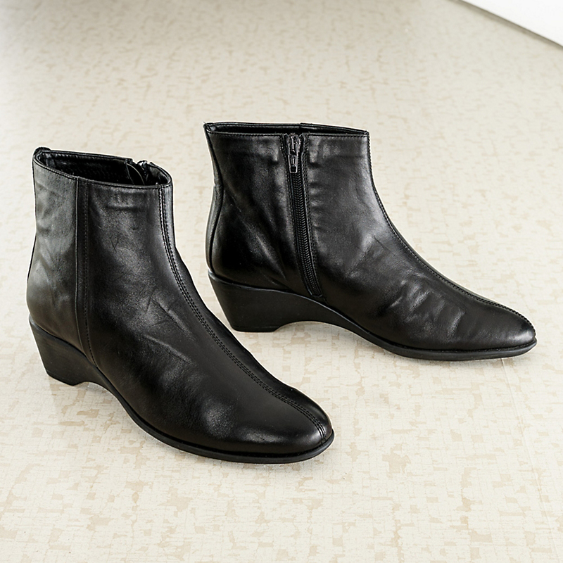 Flexx Leather Ankle Booties