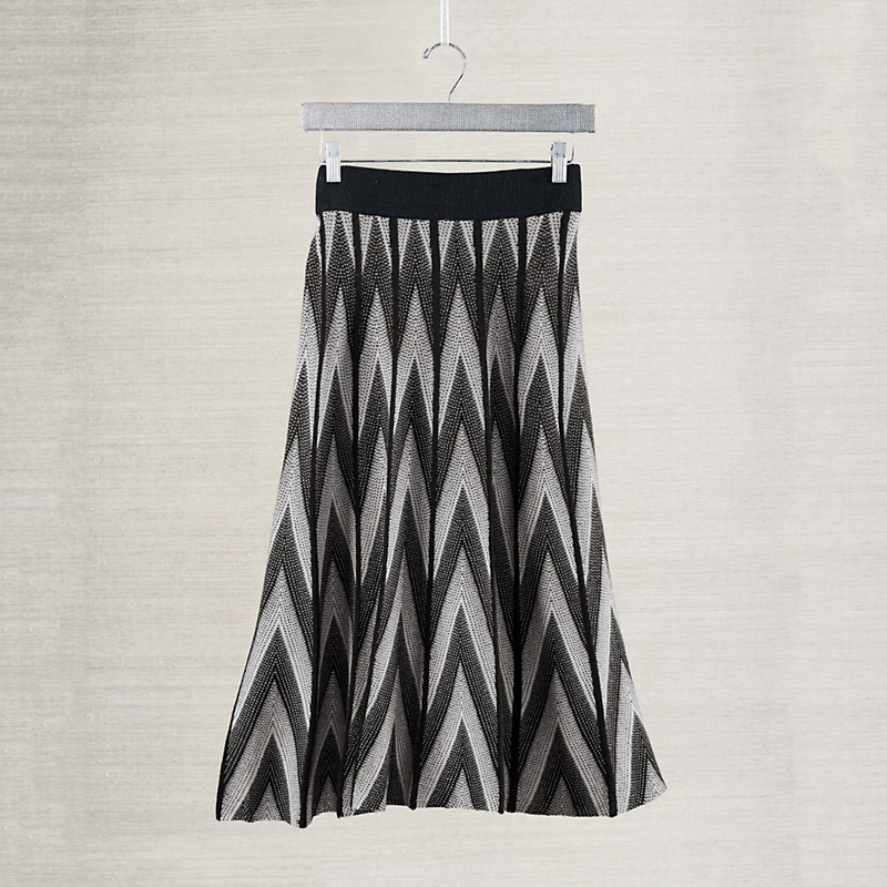 Zigzag Knit Skirt