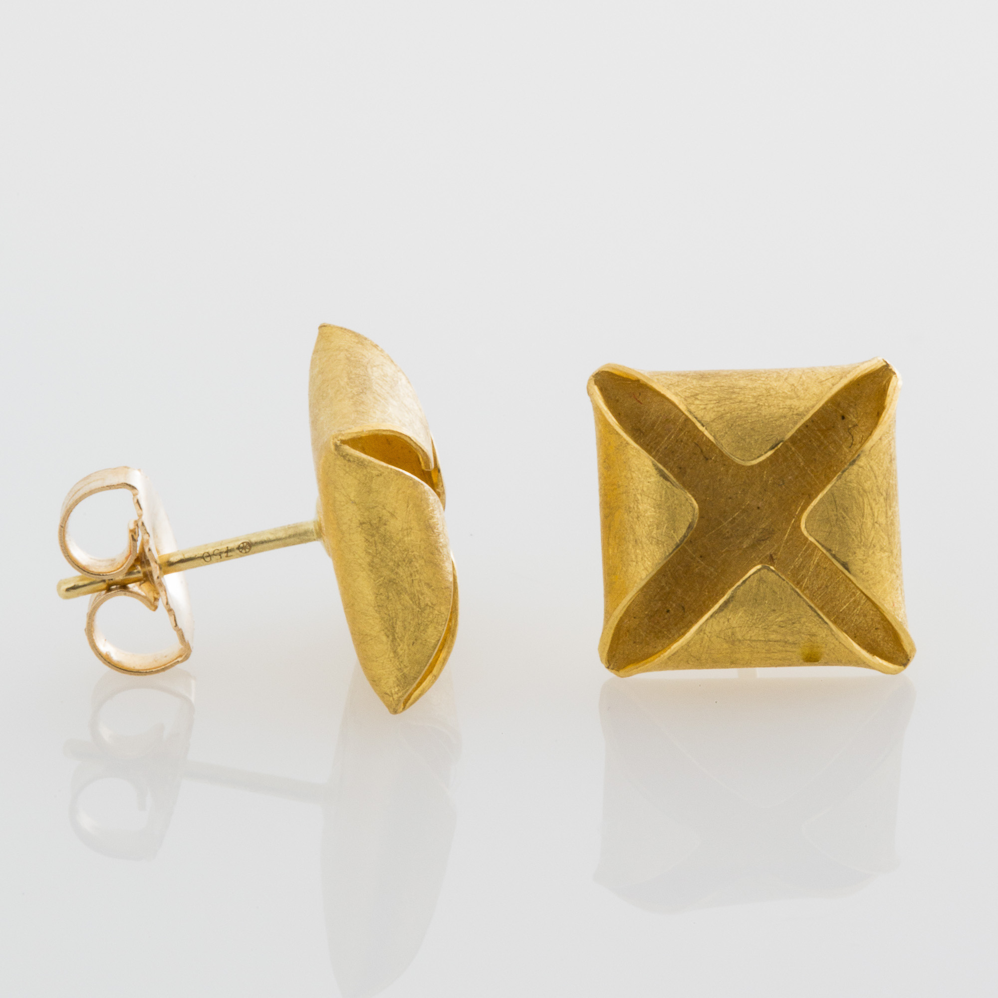 Petra Class Textured Gold Box Studs