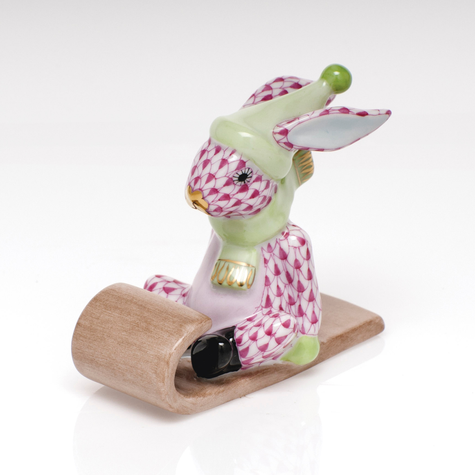 Herend Sledding Bunny, Raspberry