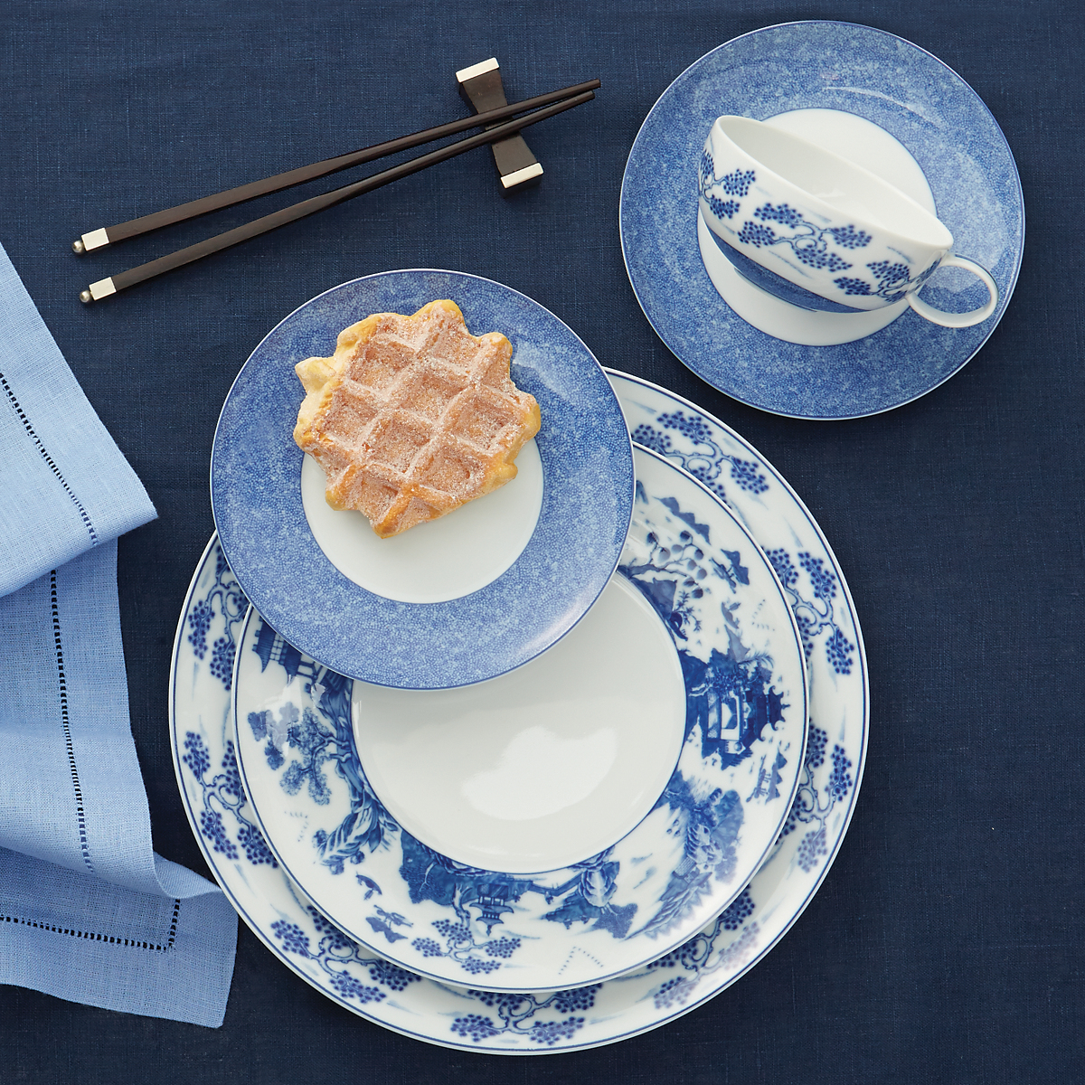 Mottahedeh Blue Shou Dinnerware & Mottahedeh Blue Shou Dinnerware | Gump\u0027s