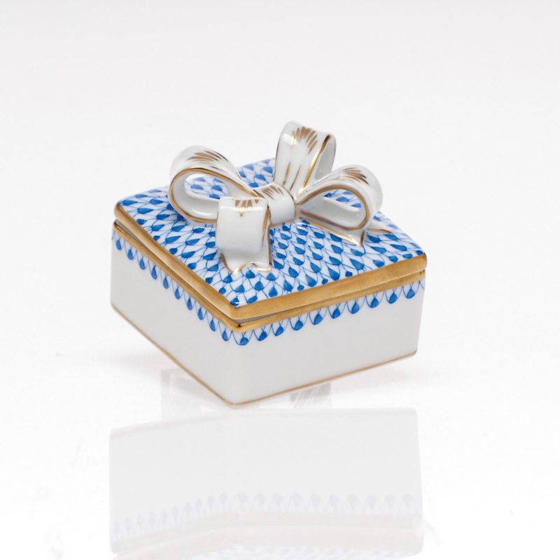 Herend Box with Bow, Sapphire
