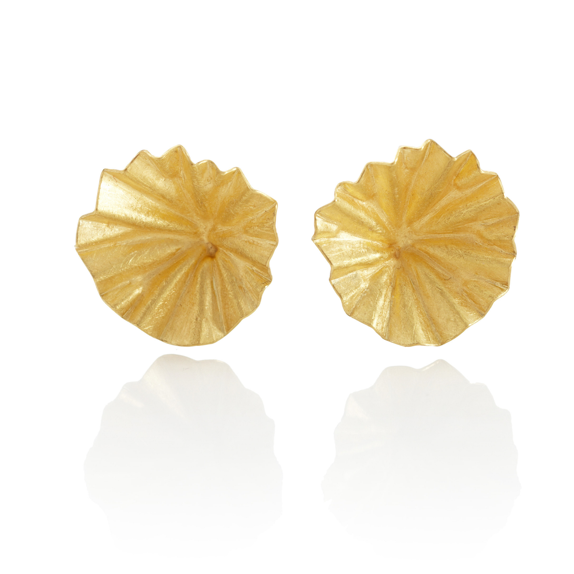 Petra Class Gold Lotus Leaf Earrings