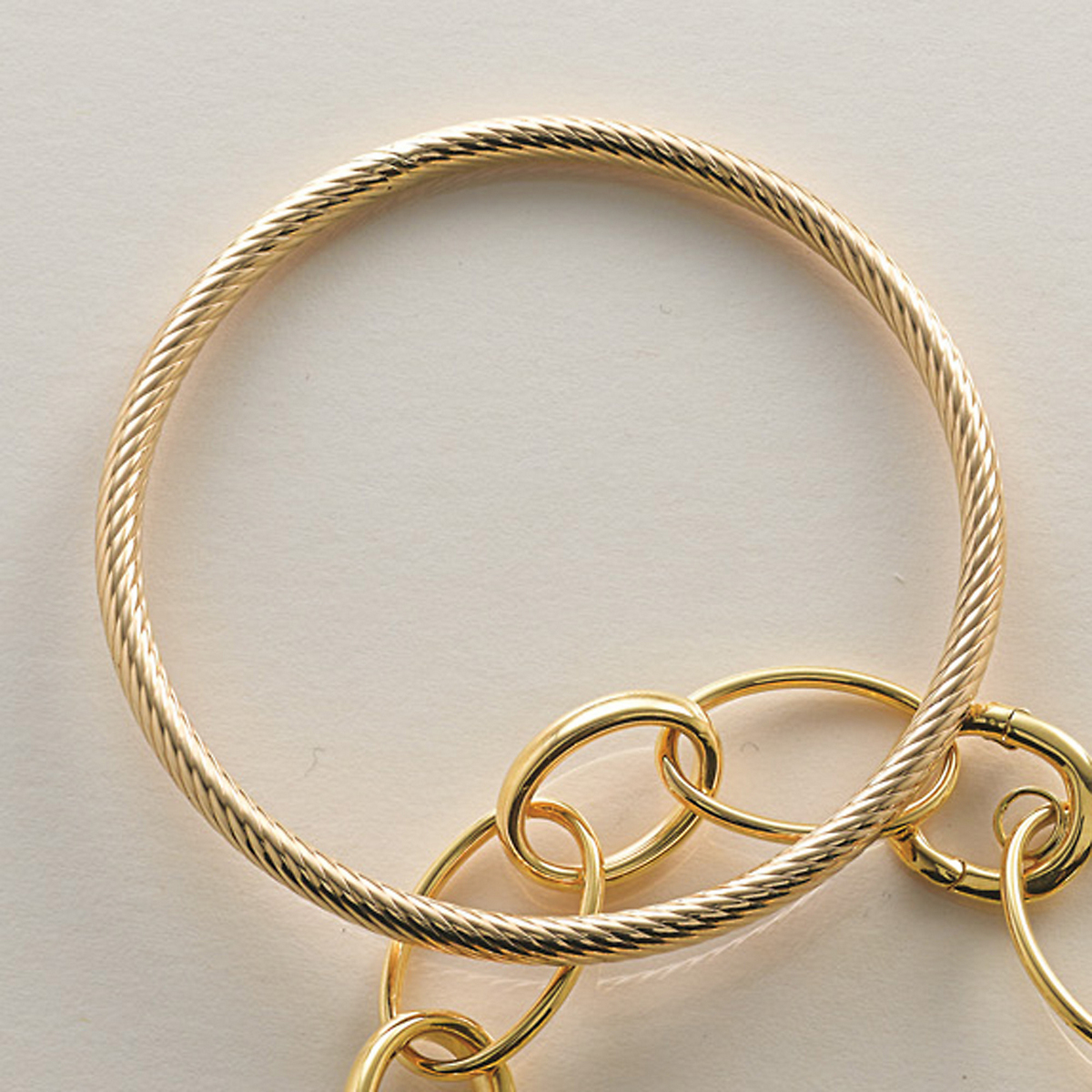 Swirl Slip-On Gold Bangle Bracelet