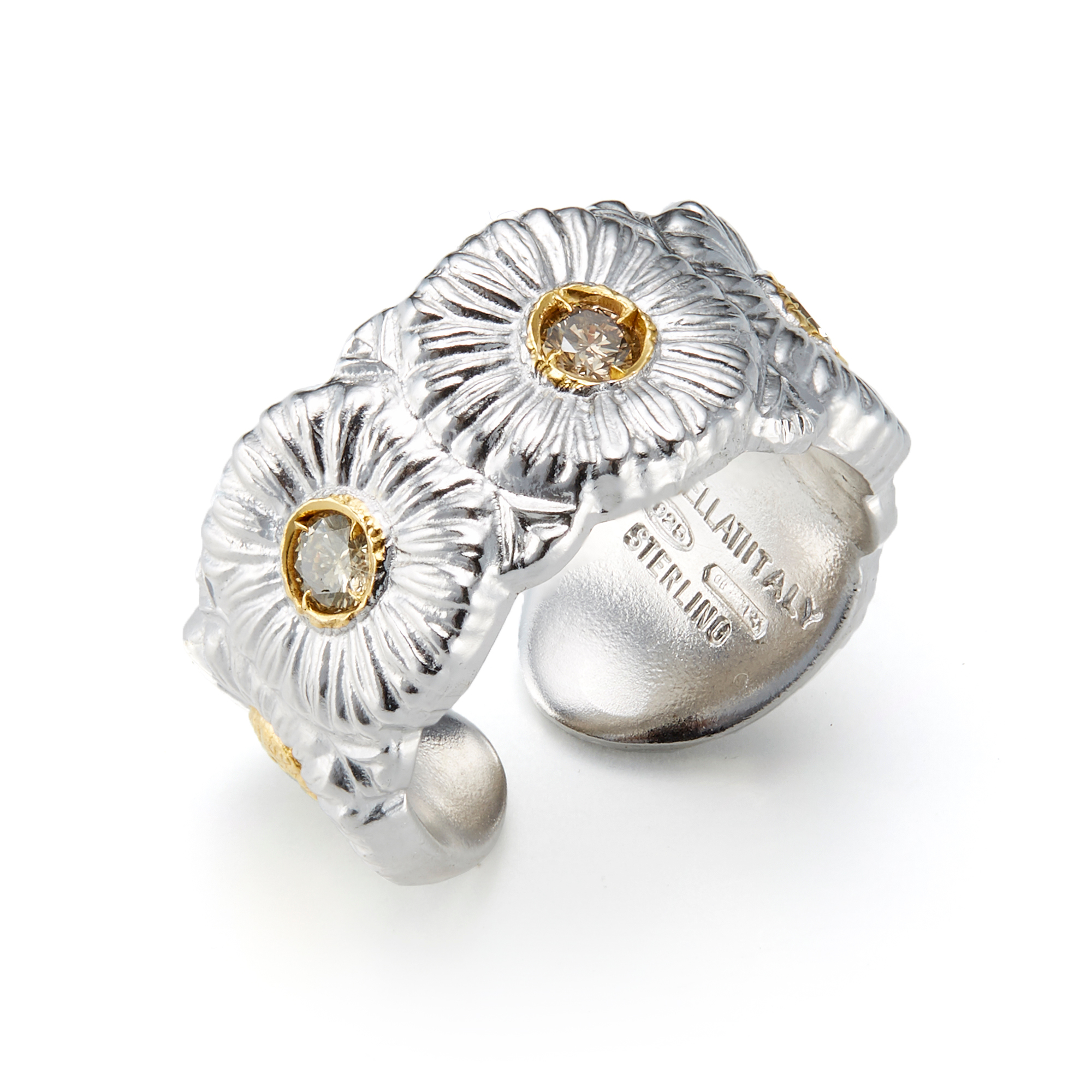 Buccellati Daisy Ring With Diamonds