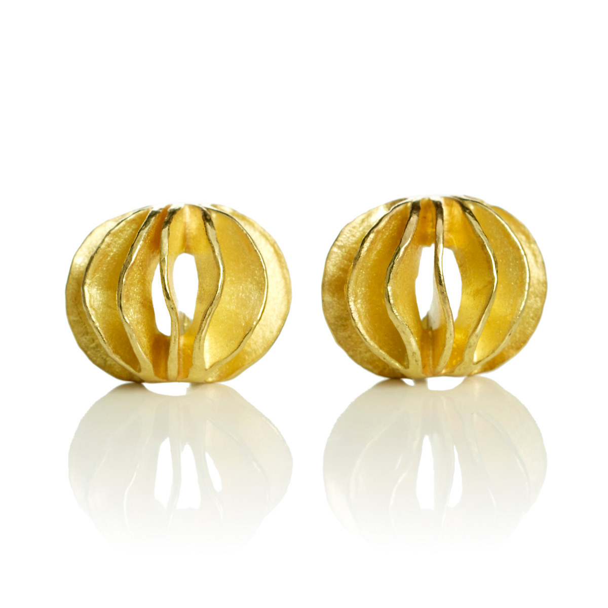 Barbara Heinrich Small Gold Waveball Earrings