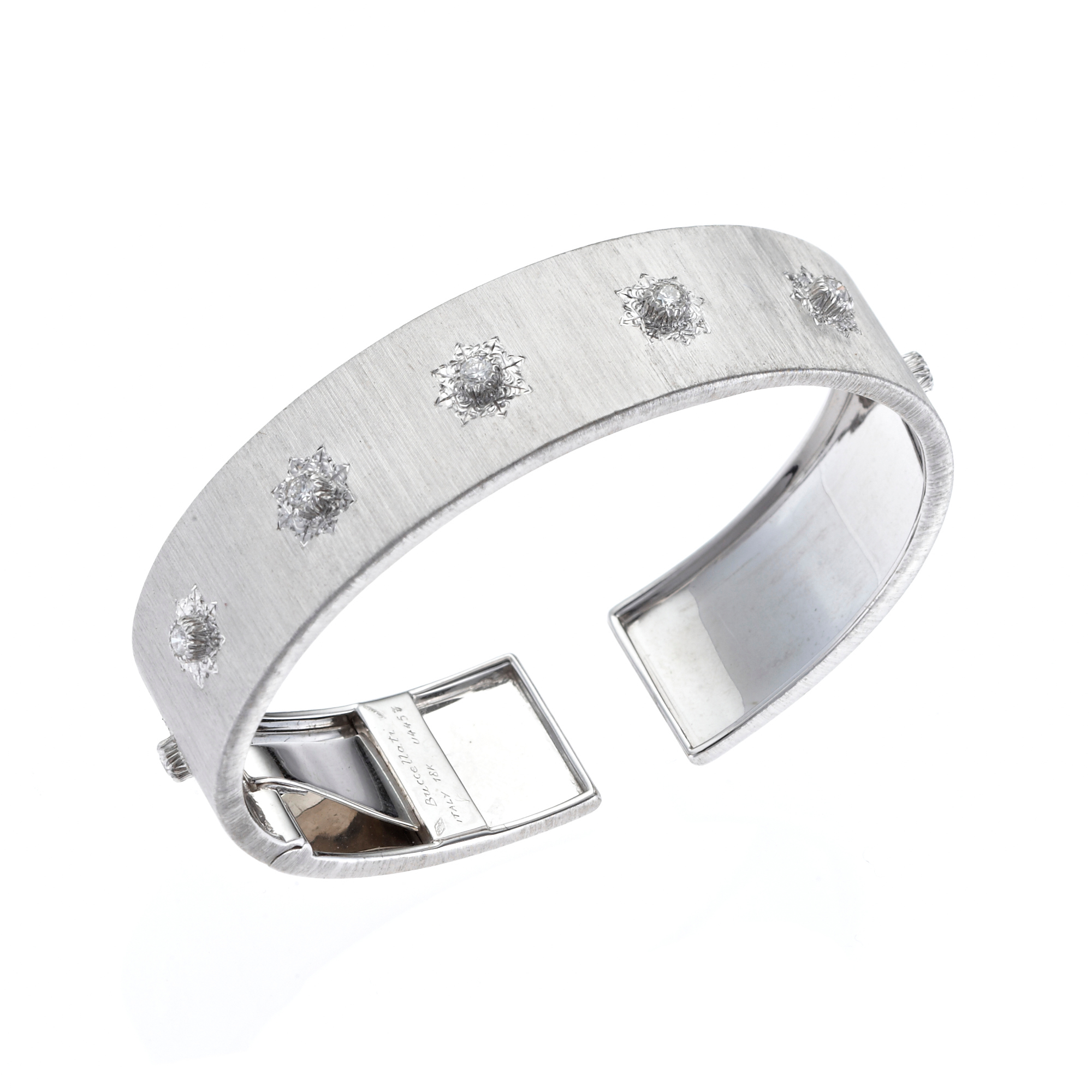 Buccellati Macri Classica 15mm Straight Cuff in White Gold